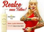 Strax loción hidrante corporal renueva el color de sus tatuajes